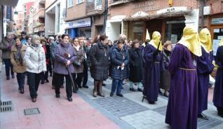 http://www.laopiniondezamora.es/benavente/2016/03/27/encuentro-crucificado/914031.html
