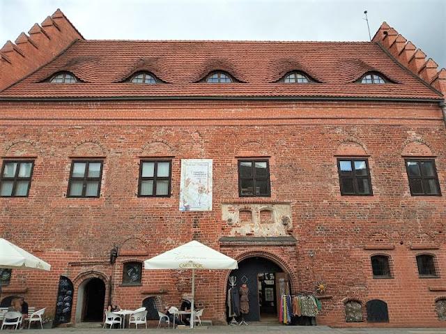 antica casa in mattoni in Vilniaus gatvė