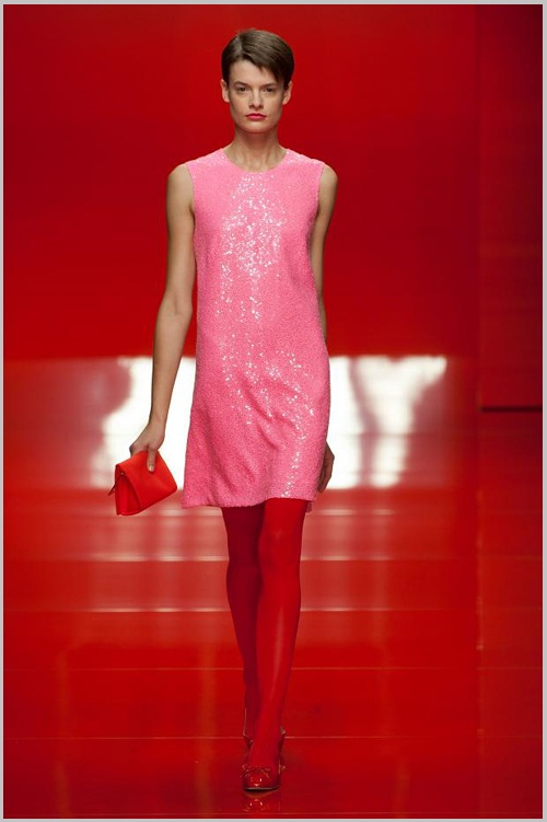 Đầm, váy màu sắc sặc sỡ 3
