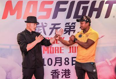بواكاو يواجه يي لونغ، كونغ فو ضد مواي تاي