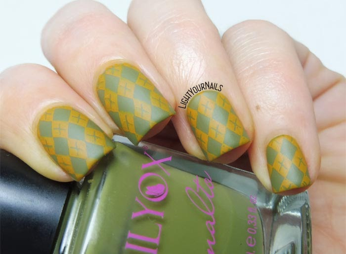 Fall argyle sweater stamping nail art feat. BeautyBigBang BBBXL-032 plate