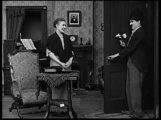 """Кадр из к/ф Чарли Чаплина """"Солнечная сторона"""" / Sunnyside (1919) - 14"""