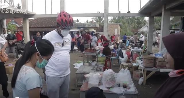 Pasar tetap ramai ditengah Pandemi, Ipong Muchlissoni : Ekonomi terus berjalan di Ponorogo