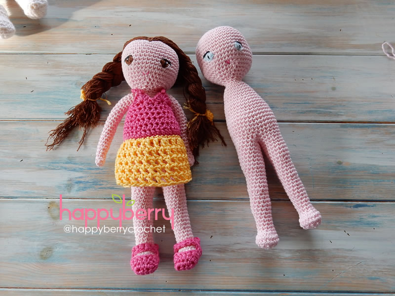 How To Make Amigurumi Doll Legs : Happy Berry Crochet: Crochet Amigurumi Doll CAL - Ep2 Body ...