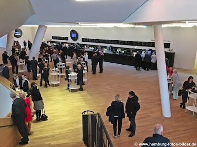 Elbphilharmonie Hamburg, Bar im Veranstaltungsbereich