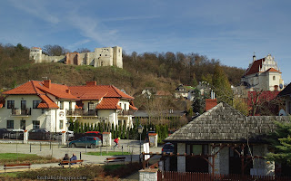 http://fotobabij.blogspot.com/2016/04/kazimierz-dolny-ruiny-restauracja.html