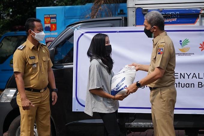 115 Ribu Keluarga Kota Bogor Terima Bantuan Beras