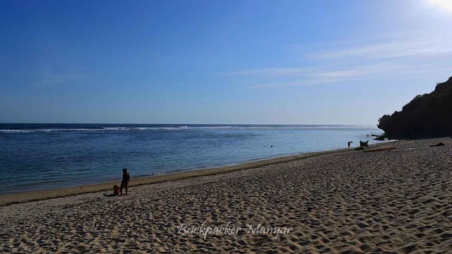 Ketenangan Pantai Gunung Payung Bali