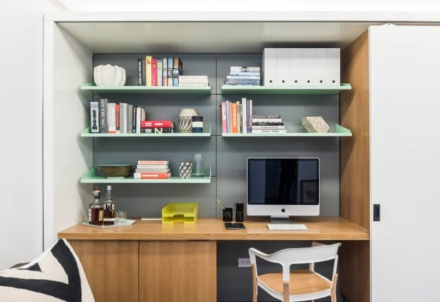 03-Study-Area-Michael-K-Chen-Manhattan-Apartment-Architecture-that-Morphs-www-designstack-co
