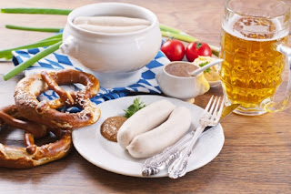 Weisswurst with pretzels and mustard
