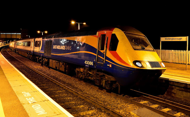 A late evening service to London pauses at Wellingborough station headed by Intercity 125 unit Class 43006