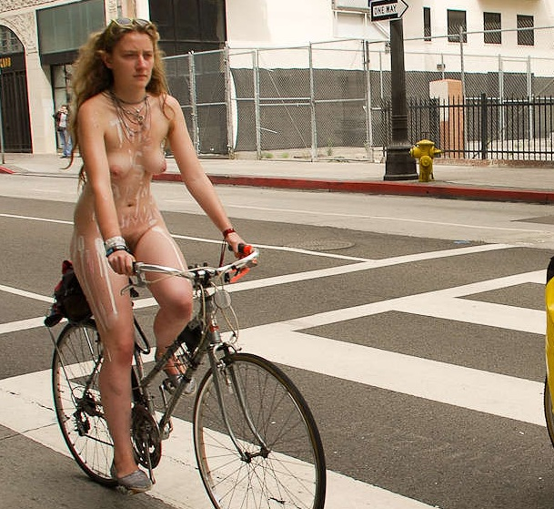 Los world naked angeles ride bike