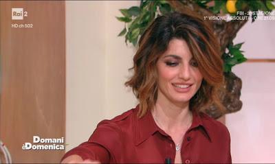 Samanta Togni conduttrice tv domani è Domenica