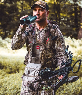 Freddy Harteis equipped with a hunting gears