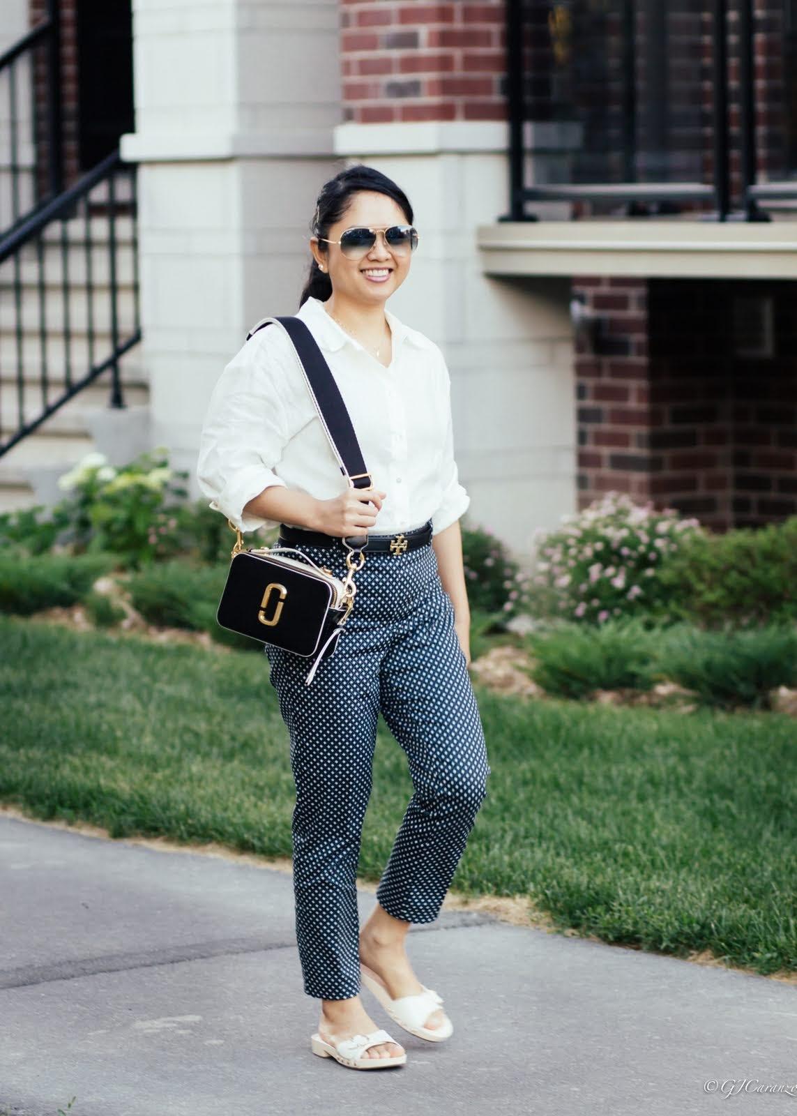 linen shirt, wooden sandals, marc jacobs sure shot bag, hm pants, rayban aviator sunglasses, tory burch reversible belt | petite fashion