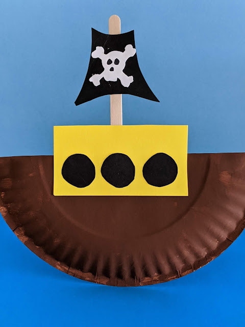 paper plate pirate art project