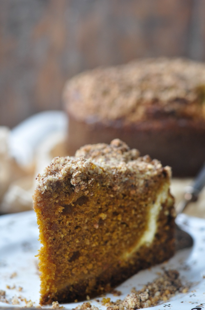 super rich gluten free Pumpkin-Streusel-Cake with creamy Cream Cheese filling
