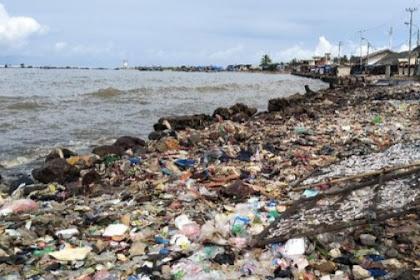 Sampah pantai labuan,pemkab Pandeglang kesadaran warga rendah