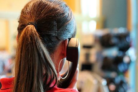 COVID-19: Salud habilitó la línea telefónica 0800-9990946 para despejar dudas sobre vacunación