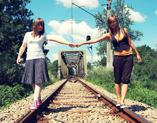 http://www.thebirdali.com/2011/01/friendship.html