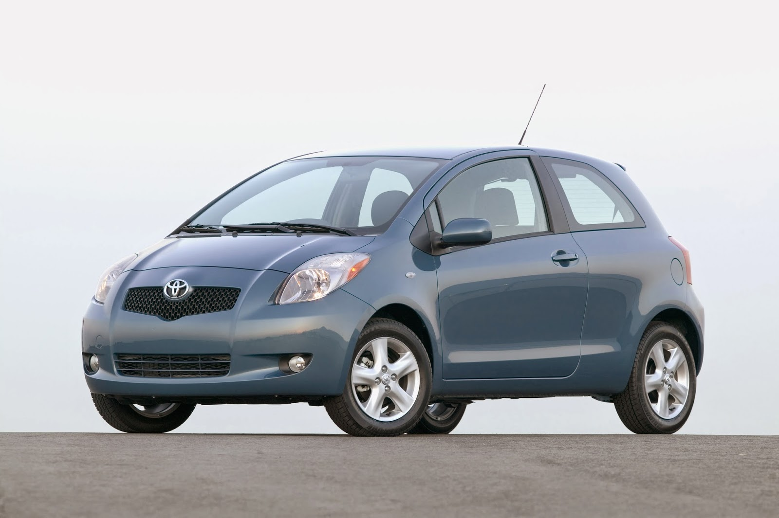 2007 Toyota Yaris liftback