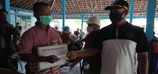 Penyaluran BLTDD Tahap 4-5- 6 di Balai Kantor Desa Kerpangan