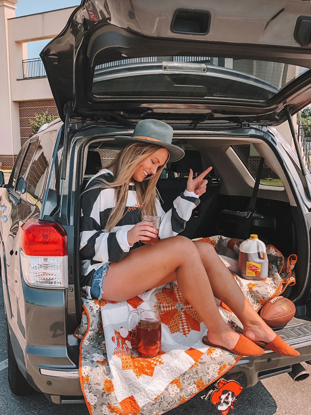 Go Pokes! Oklahoma blogger Amanda's OK shares her tailgate beverage of choice for Oklahoma State football games