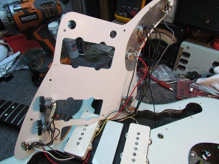 Squier Vintage Modified Jazzmaster Modifications, Pt 1