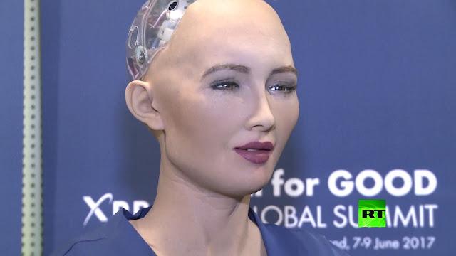 بالفيديو تعرف على الروبوت صوفيا التي أعلنت حصولها على الجنسية السعودية