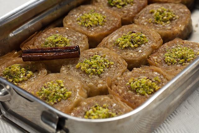 Saragli - sirupasti grčki kolač
