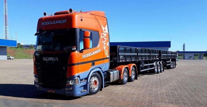 Rodojunior reduz consumo de diesel da frota com pneus inteligentes Continental
