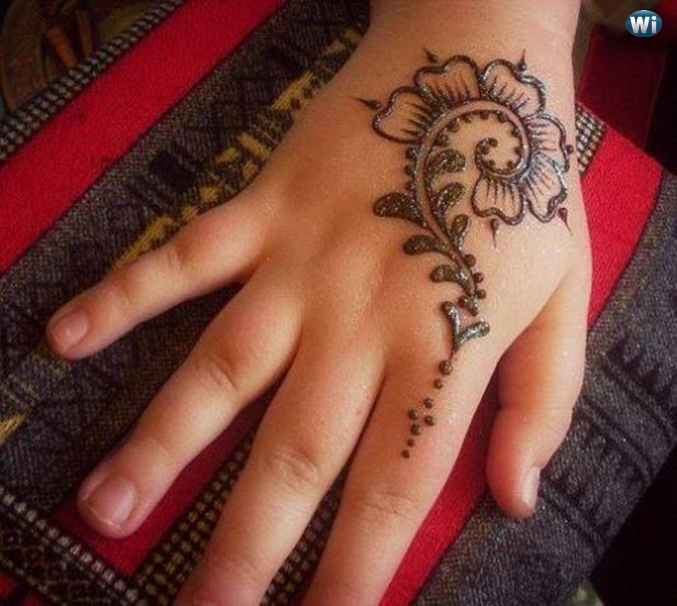Small Henna Tattoos For Girls Wrist: Mehndi Page: Wrist Henna Design For Small Girls