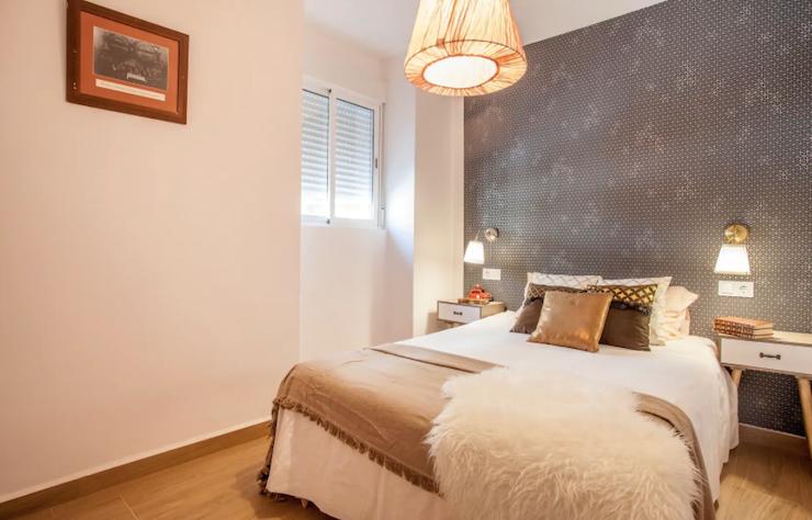 Detalle del dormitorio de inspiración chic.