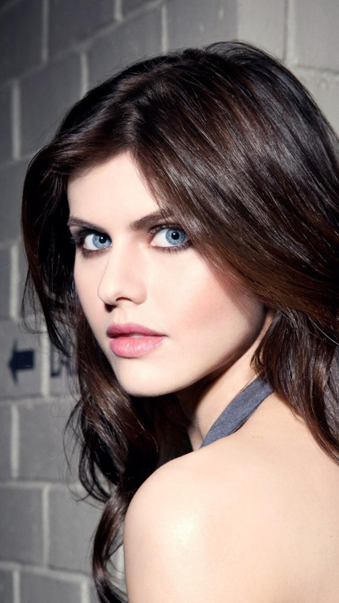 Alexandra Daddario Beautiful Girl 4k 3840x2160 Wallpaper 12