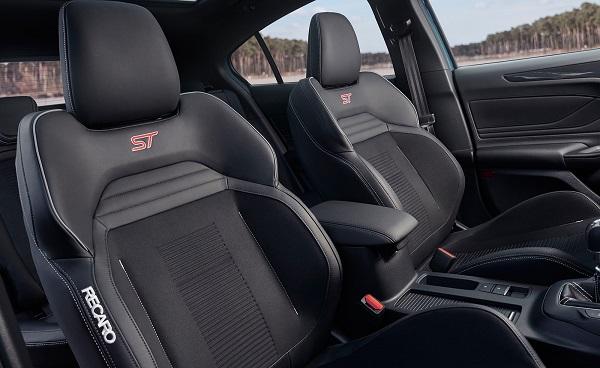 Ford Focus ST 2020 Interior