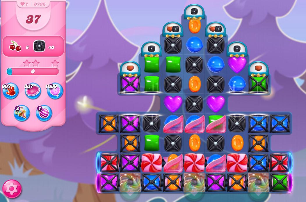 Candy Crush Saga level 8792