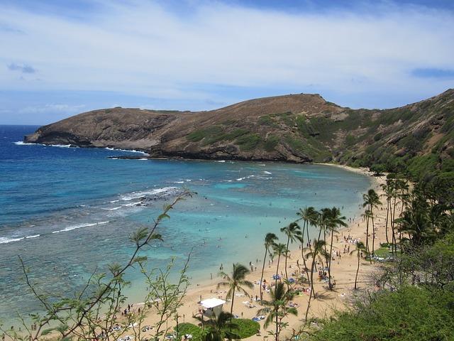 Hanauma Bay Nature Preserve, Beaches, Parks, Seashores, Hawaii, Honolulu, Tourist Attractions, Holiday Places, Best Tourist Attraction, Tourism, Travel,