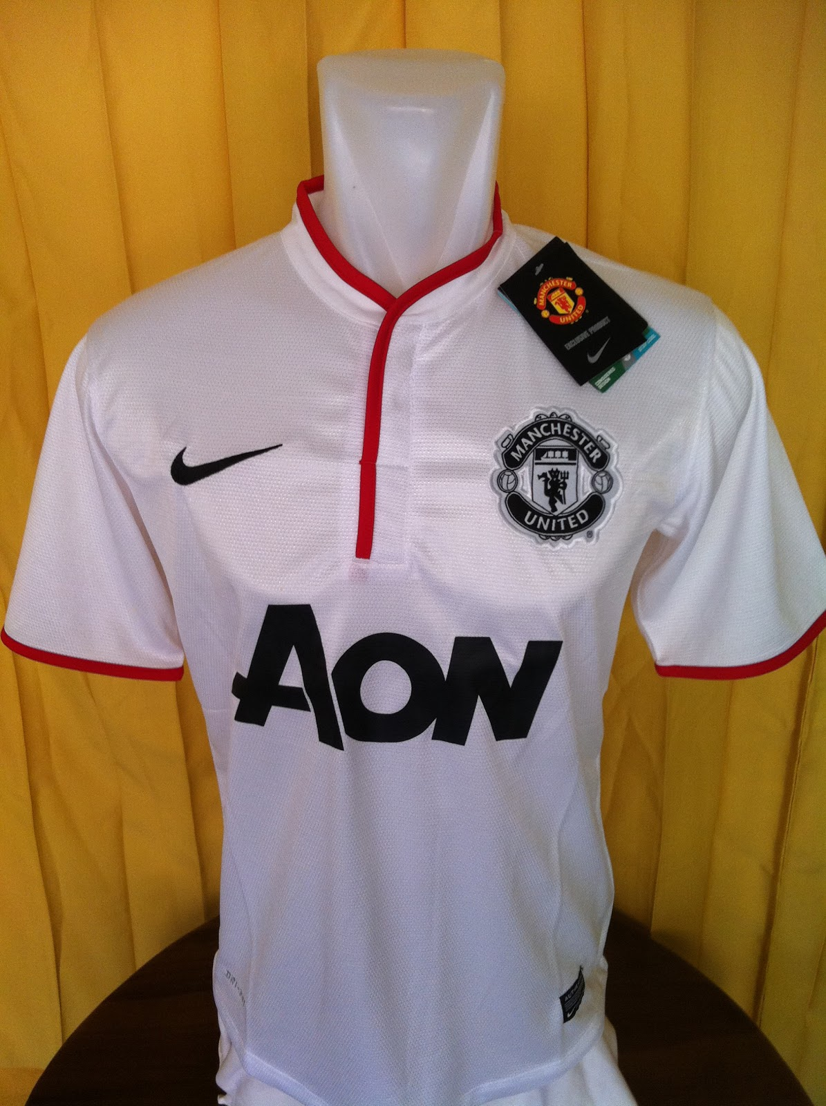 6882f9130 Erlisa Store: Barclays Premier league