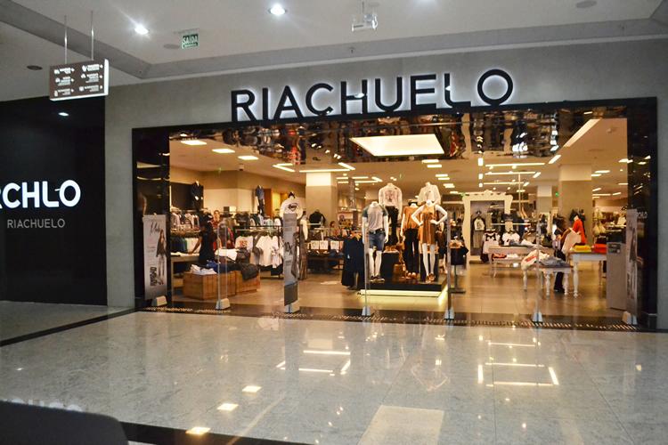 Riachuelo fecha todas as lojas no Brasil