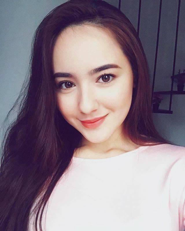 Biodata Hannah Delisha • Biodata, Fakta dan Keluarga