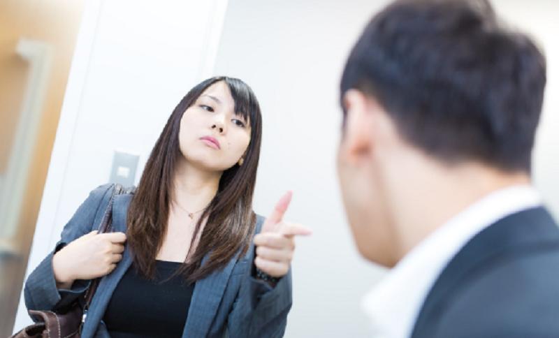Tips Menjaga Komunikasi Dengan Pasangan Biar Romantis dan Langgeng