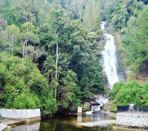 Air Terjun Sarambu Assing
