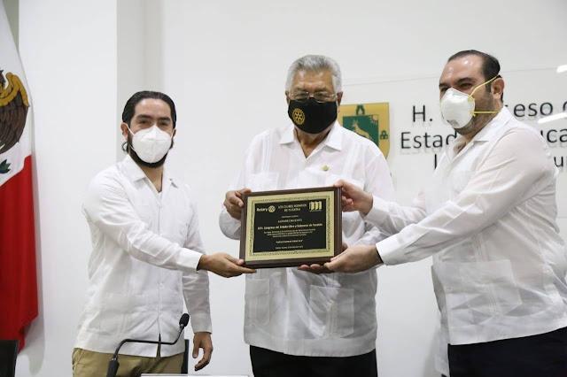 Rotarios de Yucatán reconoce al Congreso del Estado en el Día del Rotarismo