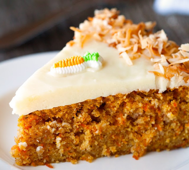 MOIST CARROT CAKE WITH CREAM CHEESE FROSTING #cake #desserts