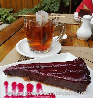 Rendebú cafe Barrio Italia té Chai y Tarta de trufa