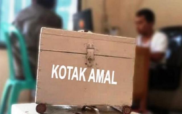 Seorang Remaja di lotim Curi Kotak Amal Masjid