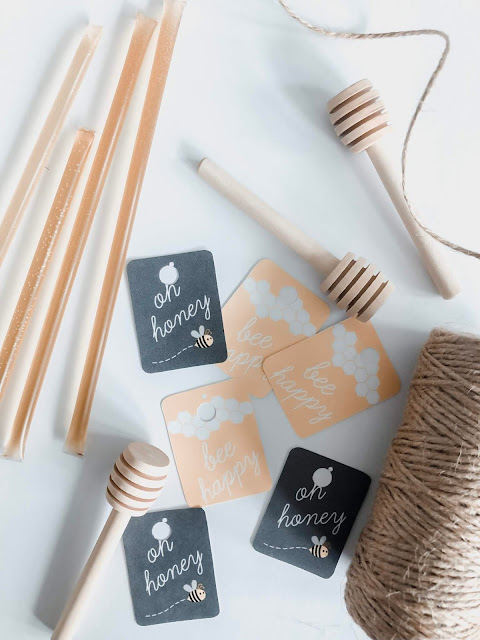 Check out these easy, affordable and fun to make DIY bee themed party favors! Great for any birthday party or bridal shower!