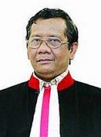 akademisi dan hakim berkebangsaan Indonesia Profil dan BIodata Lengkap Mohammad Mahfud MD - Menteri Koordinator Bidang Politik, Hukum, dan Keamanan RI 2019-2024