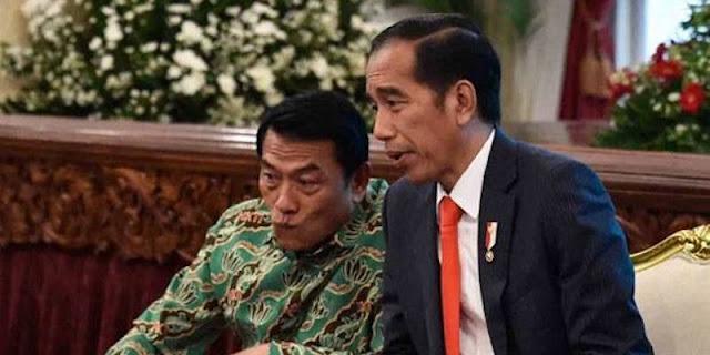 Dulu Moeldoko Cium Tangan SBY Tapi Kini Menusuk, Bayangkan Apa Yang Akan Diterima Jokowi