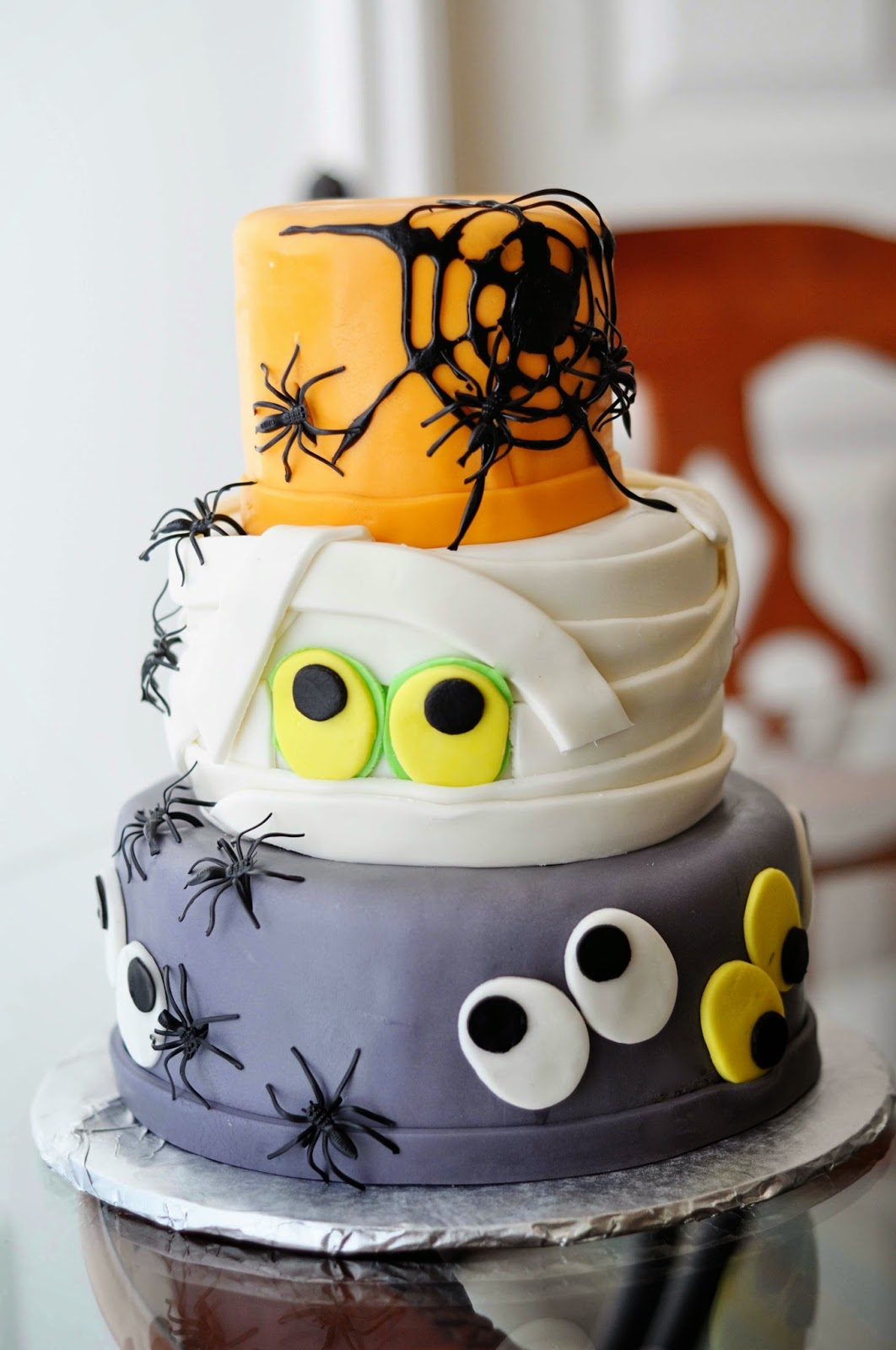 Doodlepie Cakes Happy Halloween